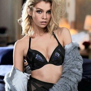 VICTORIAS SECRET Very Sexy Push Up Sequin Bra Rare